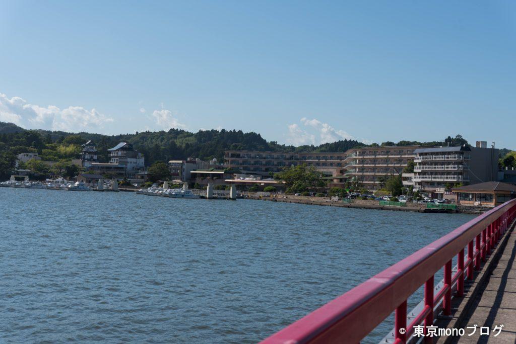 福浦橋から見た松島