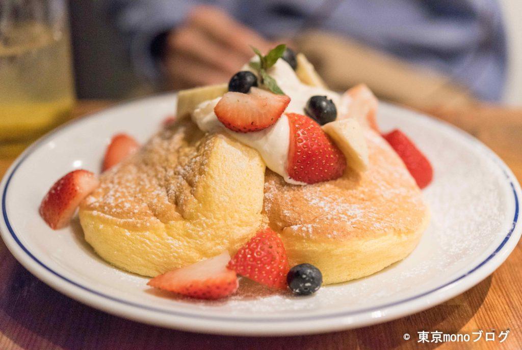 フリッパーズのフレッシュフルーツパンケーキ