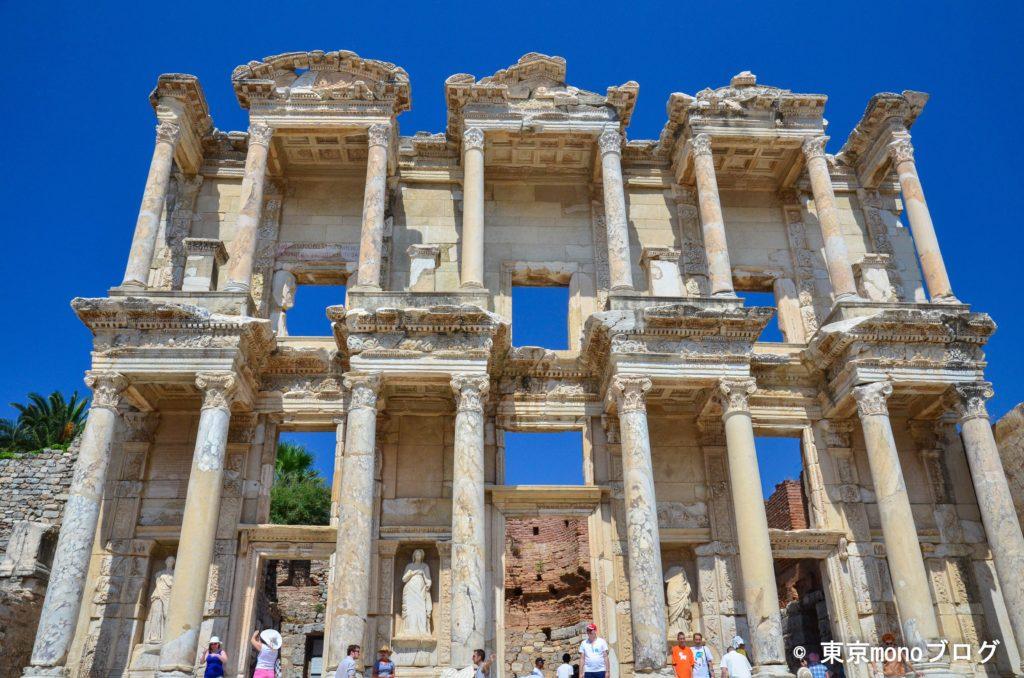 エフェソス遺跡のセルスス図書館