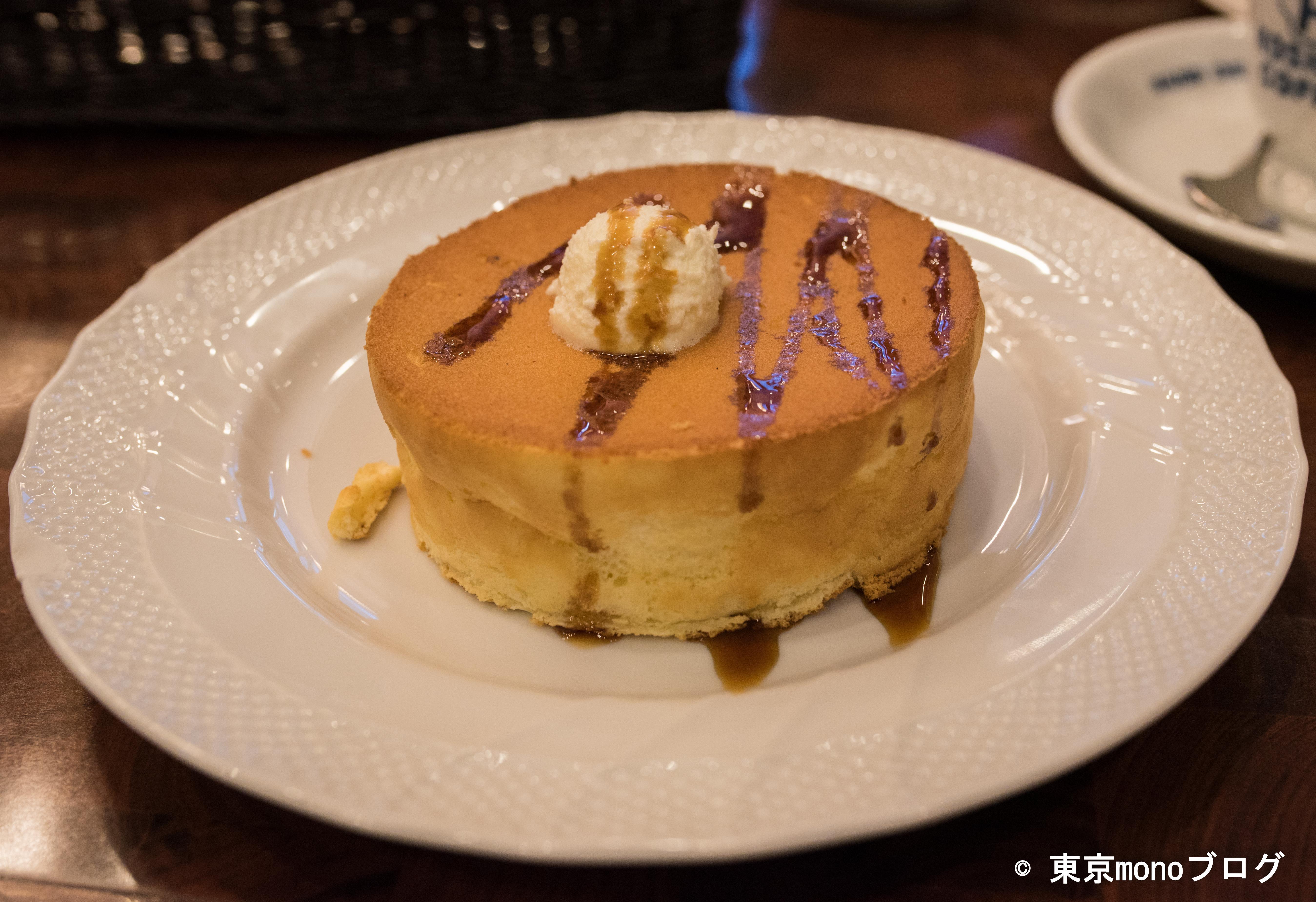 星乃珈琲店 スフレパンケーキにシロップ