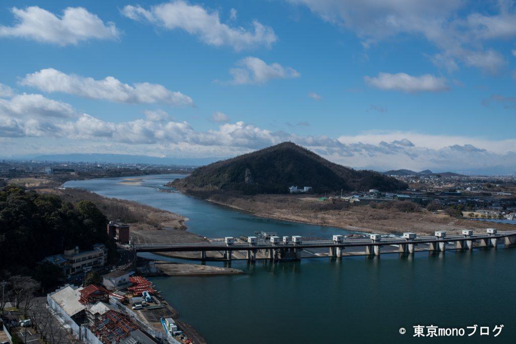 犬山城の最上階の廻縁からの景色