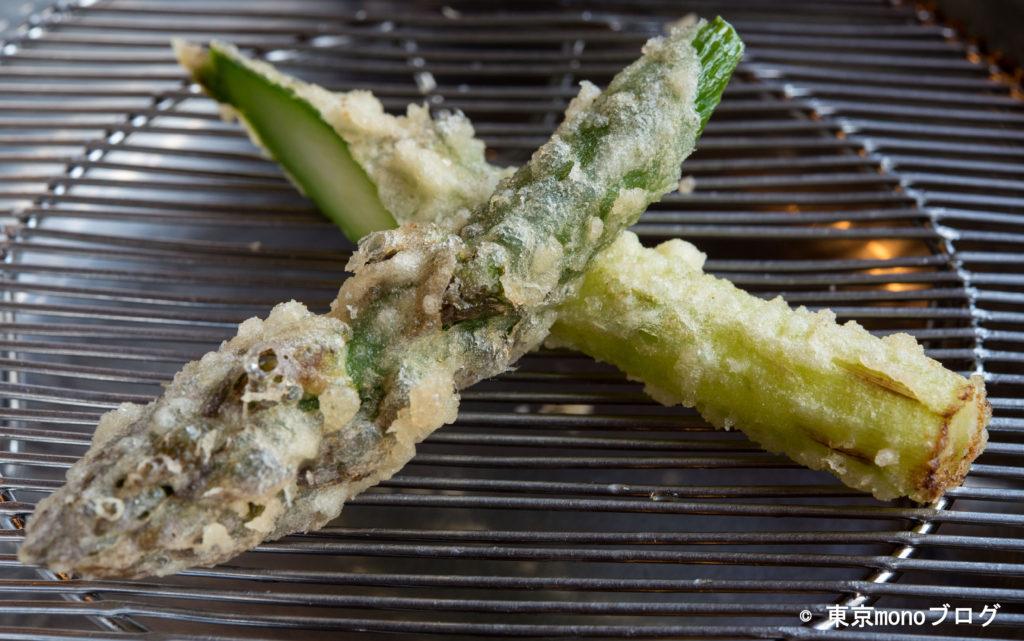 天ぷらと和食山の上 アスパラガスの天ぷら