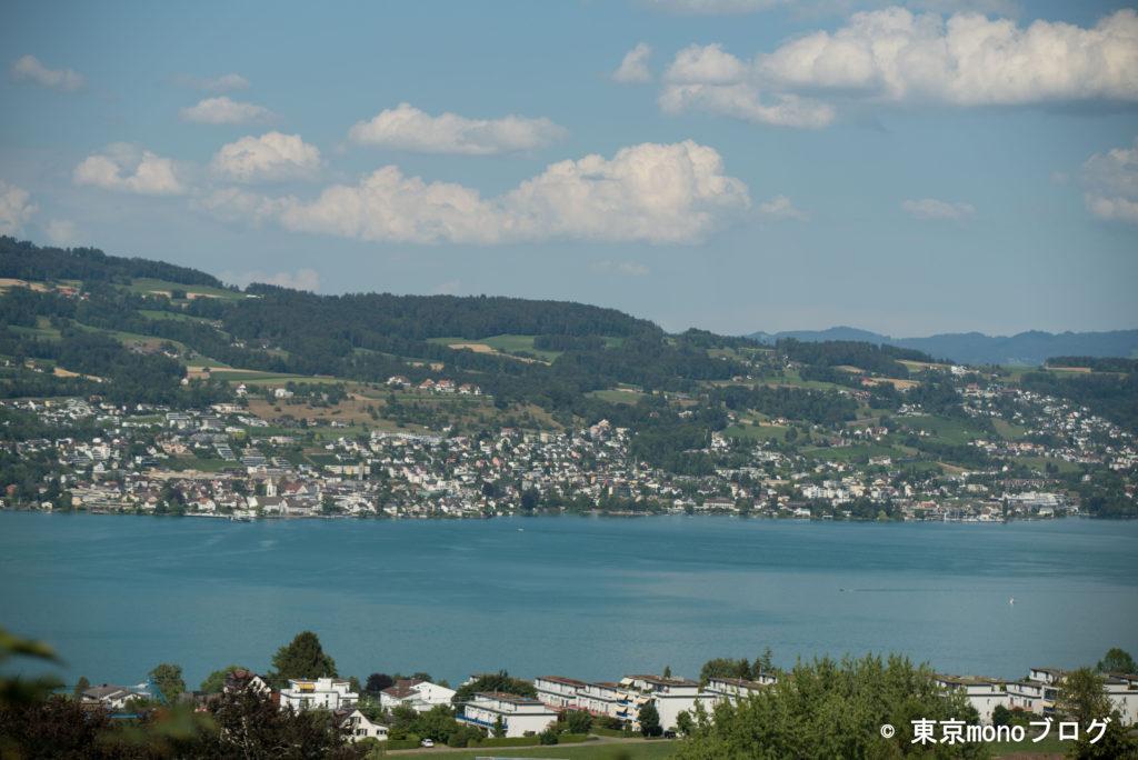 スイスチューリッヒ空港からの移動中の景色